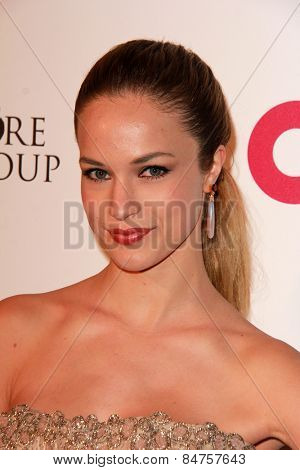 LOS ANGELES - FEB 22:  Alexis Knapp at the Elton John Oscar Party 2015 at the City Of West Hollywood Park on February 22, 2015 in West Hollywood, CA