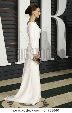 LOS ANGELES - FEB 22:  Natalie Portman at the Vanity Fair Oscar Party 2015 at the Wallis Annenberg Center for the Performing Arts on February 22, 2015 in Beverly Hills, CA