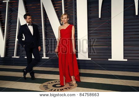 LOS ANGELES - FEB 22:  Joshua Jackson, Diane Kruger at the Vanity Fair Oscar Party 2015 at the Wallis Annenberg Center for the Performing Arts on February 22, 2015 in Beverly Hills, CA
