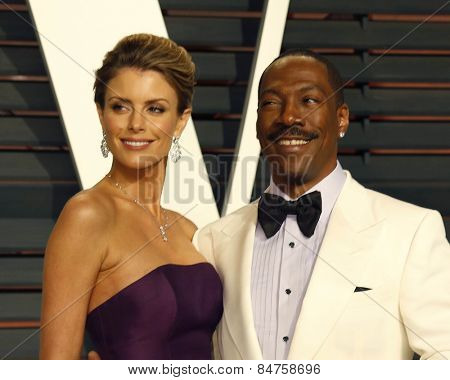 LOS ANGELES - FEB 22:  Paige Butcher, Eddie Murphy at the Vanity Fair Oscar Party 2015 at the Wallis Annenberg Center for the Performing Arts on February 22, 2015 in Beverly Hills, CA