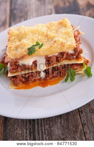 lasagne with beef and cream