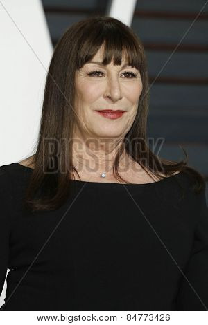 LOS ANGELES - FEB 22:  Anjelica Huston at the Vanity Fair Oscar Party 2015 at the Wallis Annenberg Center for the Performing Arts on February 22, 2015 in Beverly Hills, CA