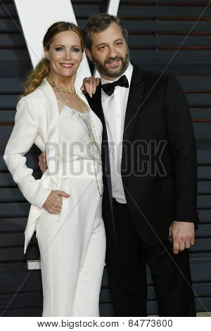 LOS ANGELES - FEB 22:  Leslie Mann, Judd Apatow at the Vanity Fair Oscar Party 2015 at the Wallis Annenberg Center for the Performing Arts on February 22, 2015 in Beverly Hills, CA