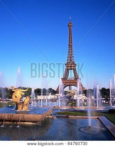 Eiffel Tower, Paris.