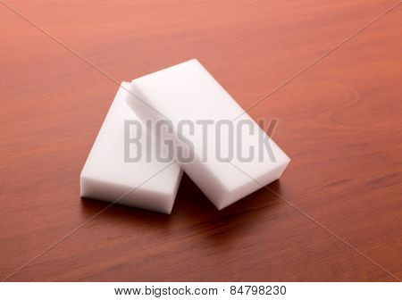 Melamine sponges
