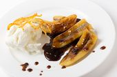 pic of toffee  - Fried bananas with a toffee sauce - JPG