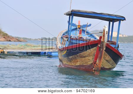 Nha Trang, Vietnam - March 15, 2012: A Typical Fishing Boat For Small Scale Farmer In The Coastaline
