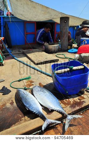 Nha Trang, Vietnam - May 4, 2012: Preparing Lunch By Fisherman On A Tuna Fishing Boat In The Sea Of