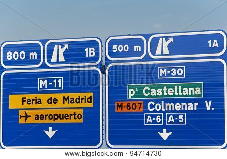 European Spanish Information Road Highway Signpost In Blue Tone