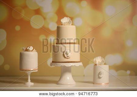 Beautiful White Wedding Cakes