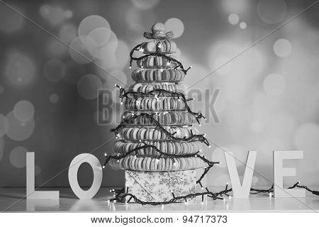 Black&white Macaroons Pyramid