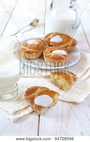 Pastry frangipane and milk kefir