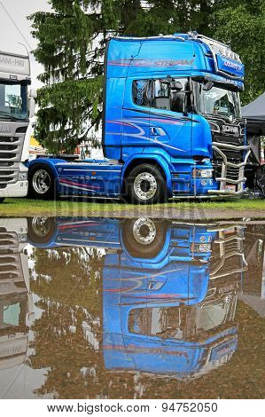 Scania Blue Stream R730 Limited Edition Truck Tractor