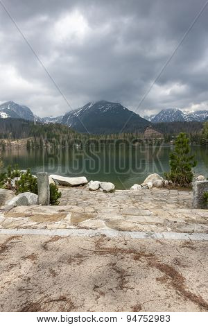 Stary Smokovec houses and lake in mountains