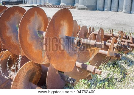 Augers For Laying Pipes In The Ground