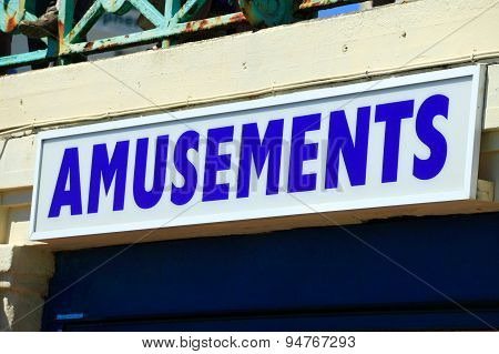 Amusements sign