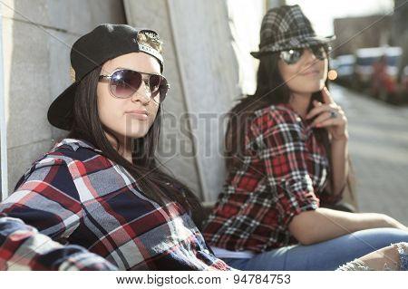 sofa street sister