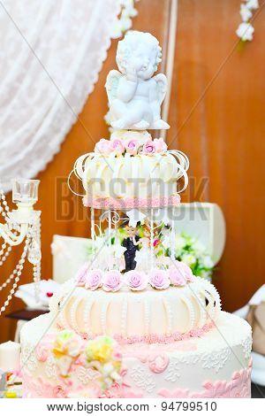 multi level white wedding cake