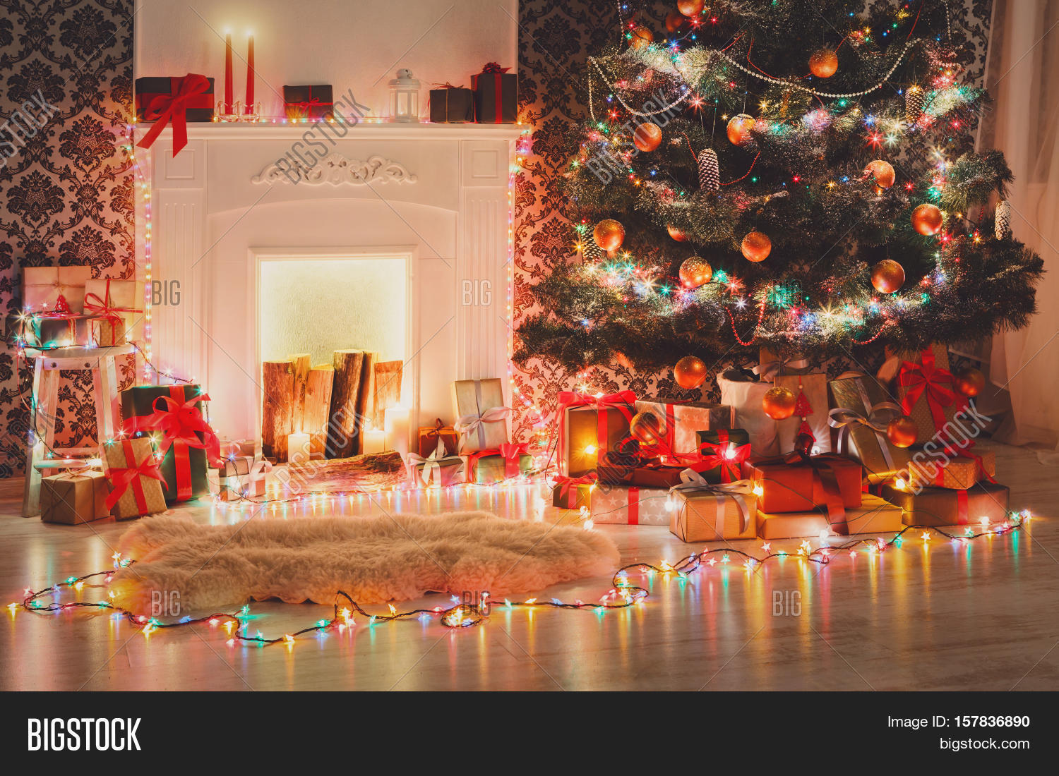 Christmas living room decorations beautiful xmas lights for Christmas gifts for interior designers