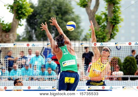 PRAGUE - JUNE 17: Ricardo Santos on the block in green at SWATCH FIVB World Tour 2010 June 17, 2010 Prague
