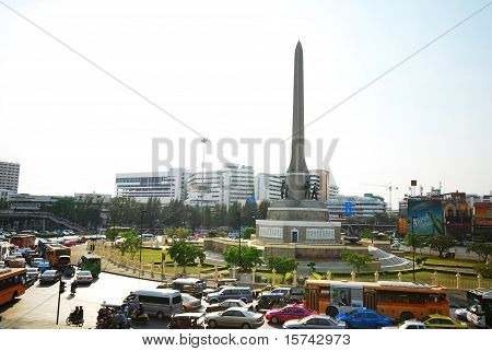 Car Stick At Victory Monument