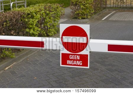 red with white no entry sign in dutch language geen ingang