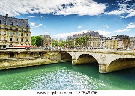 The Bridge Saint-michel