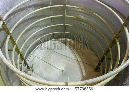 Empty Aluminum Fermentation Tank
