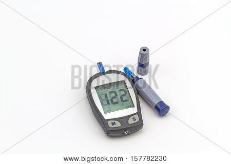 blood glucose meter the blood sugar value is measured on a finger