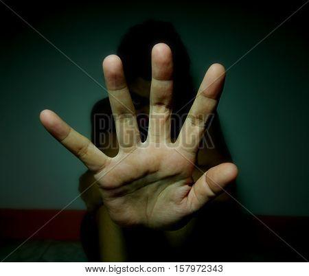dark stop abusing women on black room