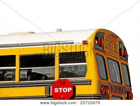 Parte traseira de ônibus escolar amarelo