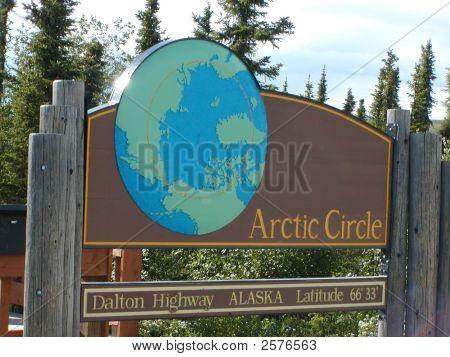Artic Circle Sign