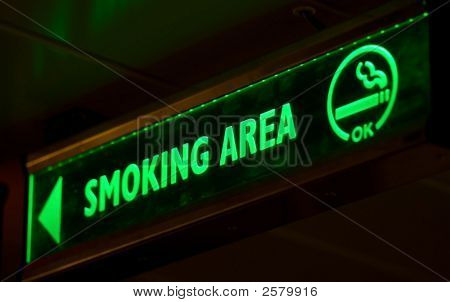 Smoking Area Sign