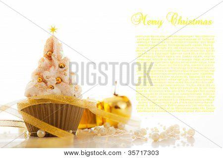 Merry Christmas Cupcake.