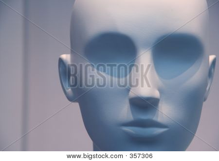 Neutral Manikin Head In Blue