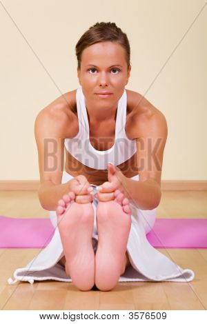 Yoga - Ugra-Asana