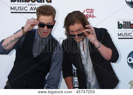 LOS ANGELES -  MAY 19: Brian Kelley and Tyler Hubbard of Florida Georgia Line arrive at the Billboard Music Awards 2013 at the MGM Grand Garden Arena on May 19, 2013 in Las Vegas, NV