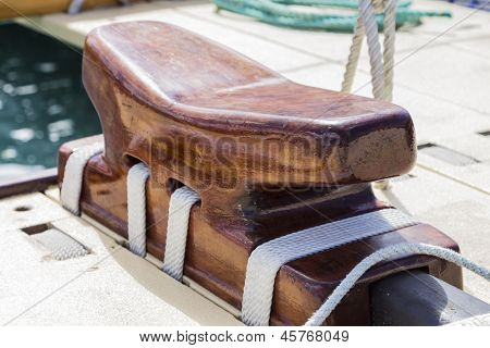 Large Wooden Cleat