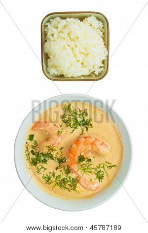 soup food shrimp rice plate isolated on white background clippin