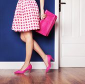 pic of stilettos  - Walking out concept - JPG