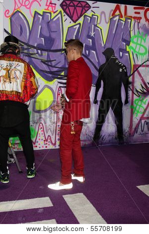 LOS ANGELES - DEC 18:  Alec Monopoly, Justin Bieber at the