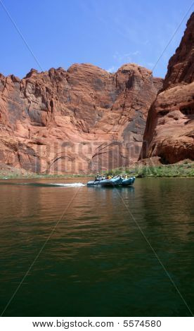 Rafting In The Canyons