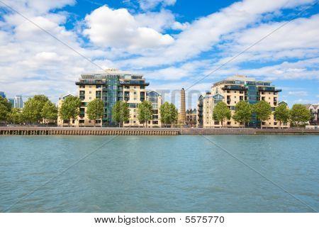 London. Thames River. Prestige Urban District Near Greenwich.