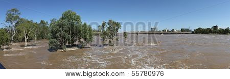 Flooding Fitzroy River
