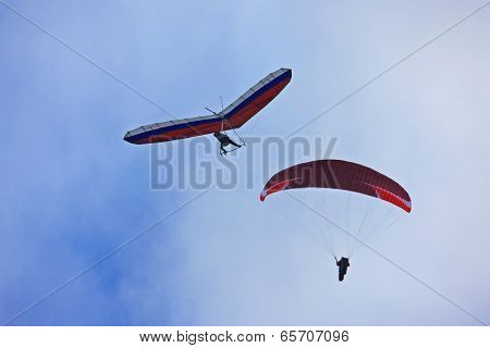 Paraglider and Hang Glider