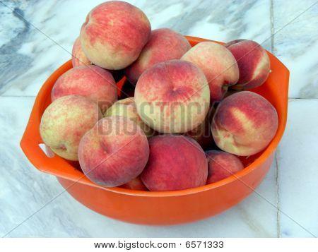 Fruits Peaches