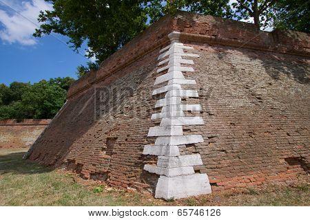 Sourronding Wall Of Ferrara