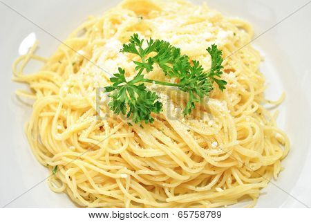 Simple Angel Hair Pasta With Herbs