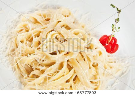 Linguine Pasta With Parmesan