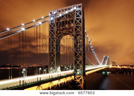 Gw_bridge_at_night